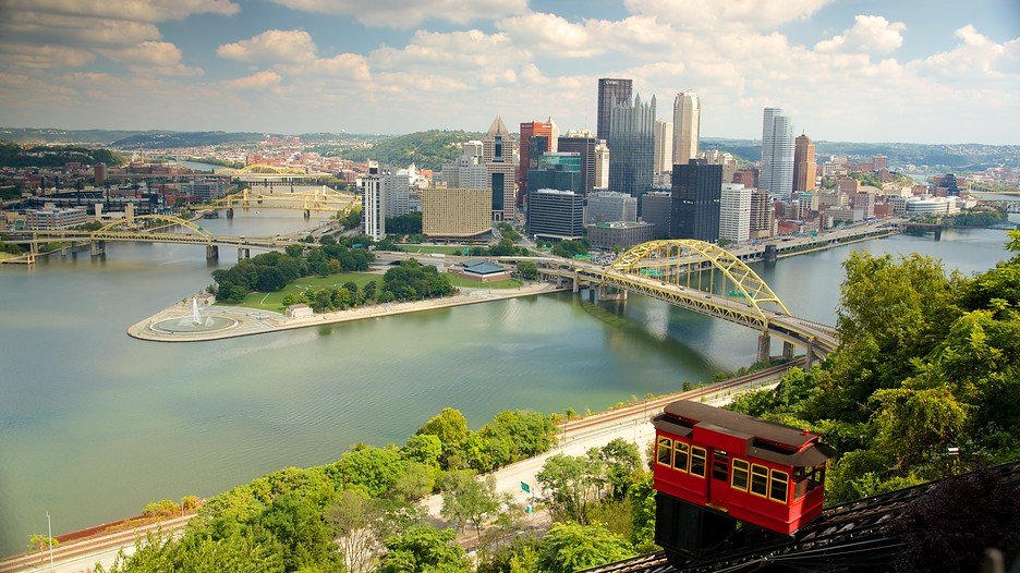 pittsburgh attraction In the later 20th century, the area shifted its economic base to education, tourism, and services, largely based on healthcare/medicine, finance, and high technology such as robotics although pittsburgh successfully shifted its economy and remained viable.