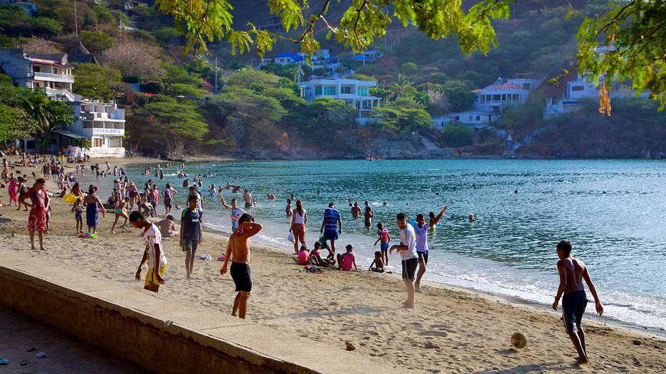 Cheap Flights From Curacao To Colombia - FareCompare.com