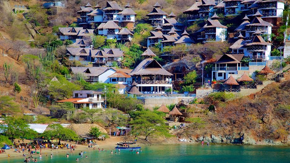 Taganga beach in santa marta - Taganga dive inn ...