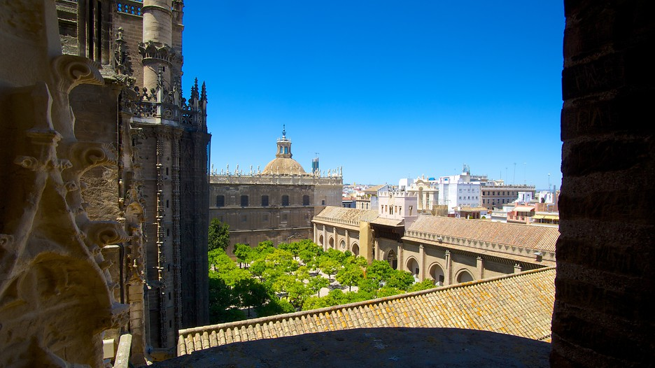 Giralda In Sevilla Expedia De