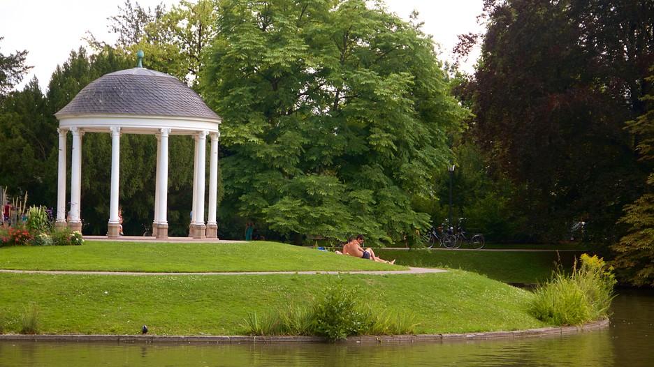 Parc de l 39 orangerie in strasbourg grand est expedia for Parc des expo strasbourg