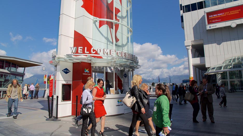 Canada Place Vancouver British Columbia Attraction Expedia Com Au