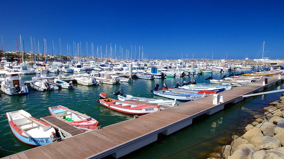 Saint pierre holidays book cheap holidays to saint - Camping port blanc saint pierre quiberon ...