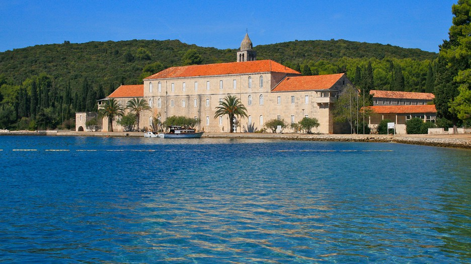 Croatia vacations 2017 explore cheap vacation packages for Cheap cabin packages
