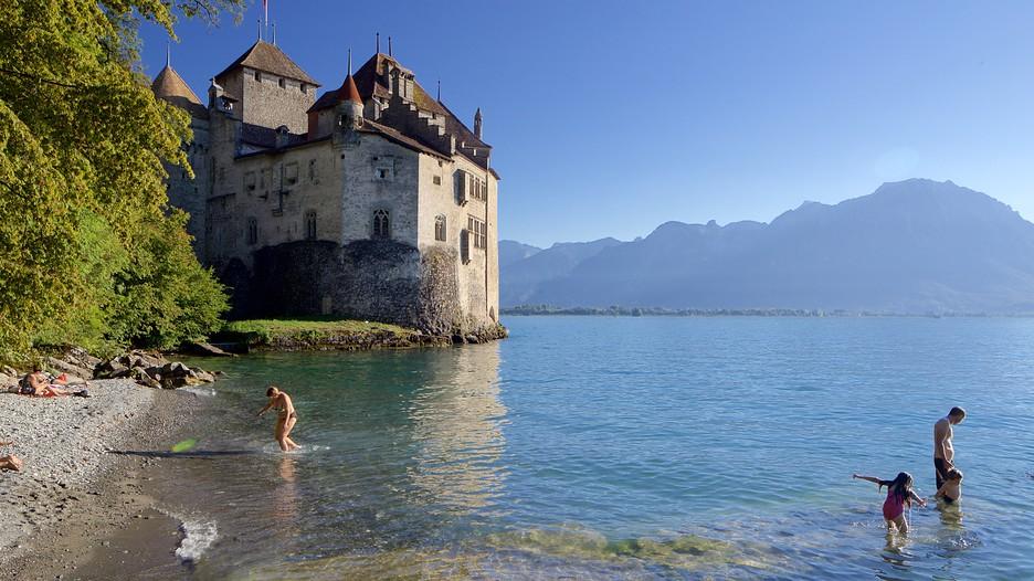 Chateau De Chillon In Montreux Expedia