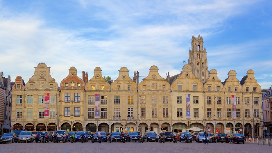 place des heros arras hauts de france attraction. Black Bedroom Furniture Sets. Home Design Ideas