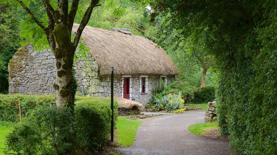 Hotels Bunratty Castle And Folk Park