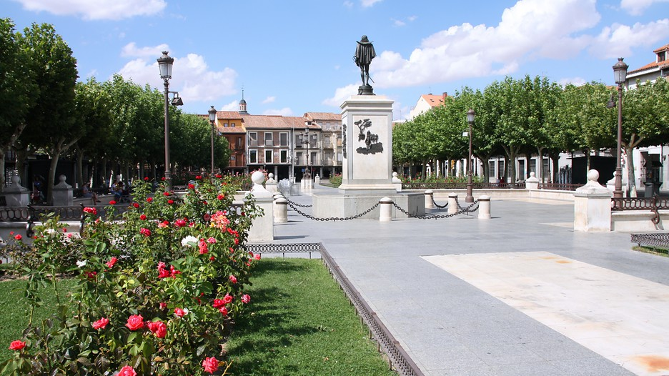 Alcala de henares spain vacation packages save on for Opticas alcala de henares