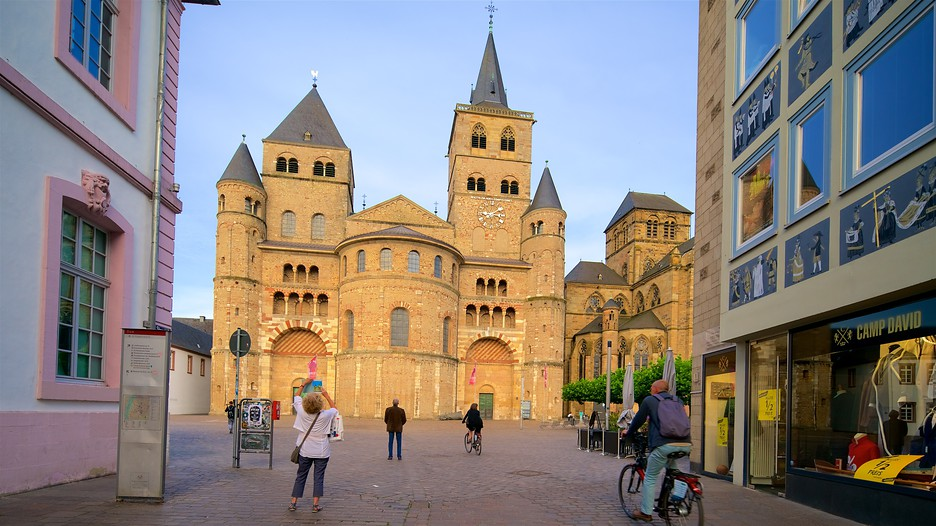 Cathedral of trier in trier expedia for Designhotel trier