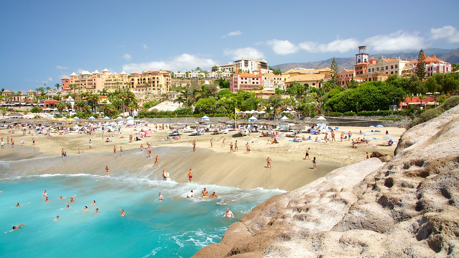 Del duque beach in adeje expedia for Decor international adeje tenerife