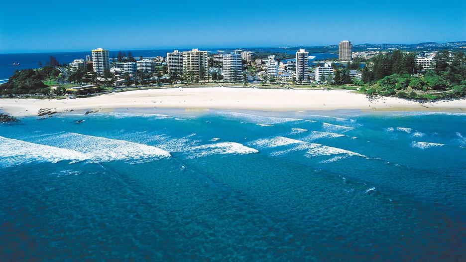 Coolangatta Beach in Gold Coast, Queensland | Expedia.ca