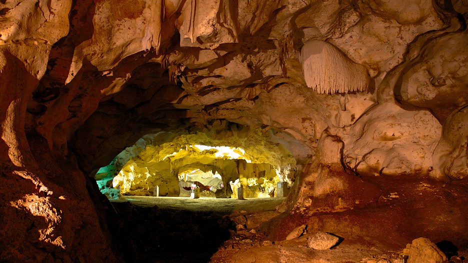 Green Grotto Caves In Discovery Bay Expedia Ca