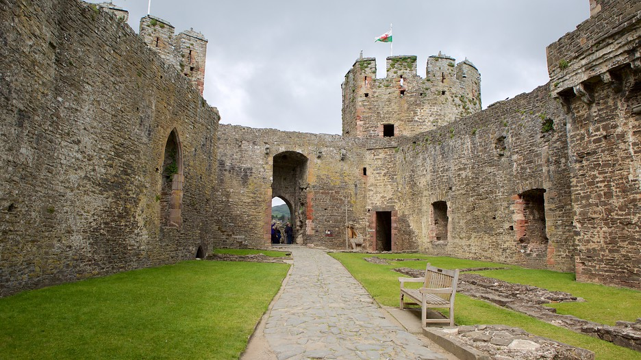 Conwy United Kingdom  City pictures : Trips to Conwy, United Kingdom | Find travel information | Expedia.co ...