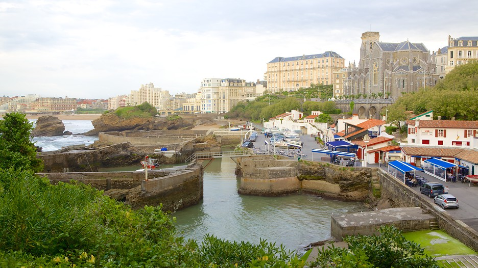 Old Harbor in Biarritz,  Expedia