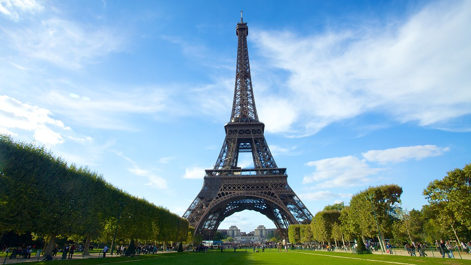 30 Cheap Paris Tips: Bag cheap Eurostar, hotels, Disney