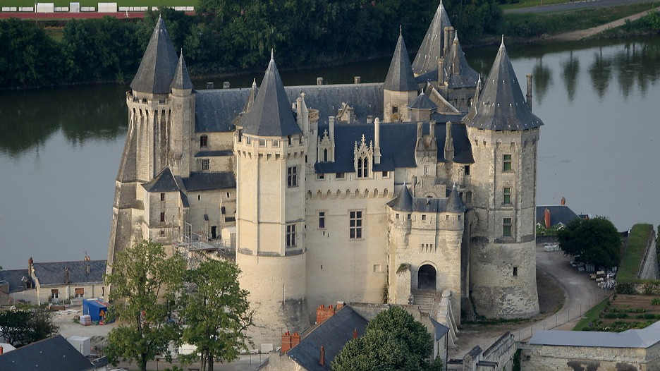 Saumur Vacations 2017: Package & Save up to $603   Cheap Deals on Expedia