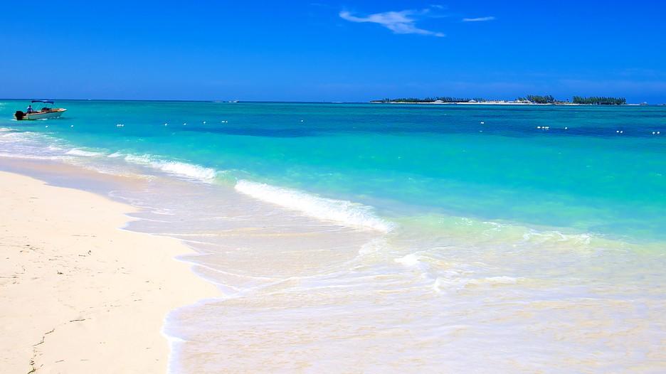 Cable Beach In Nassau Expedia