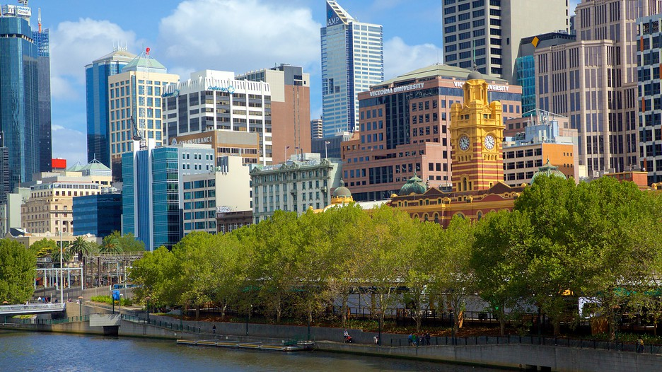 Southbank Holidays: Ch...
