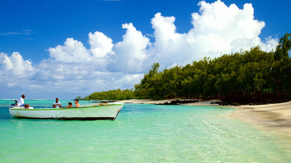 Mauritius vacations 2017 explore cheap vacation packages for Inexpensive us beach vacations