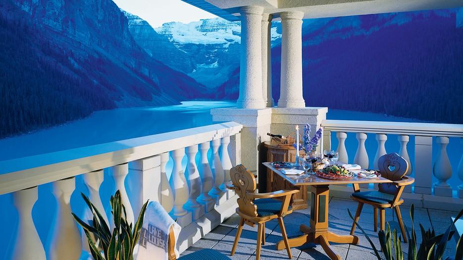 Lago Restaurant Lake Louise Fairmont