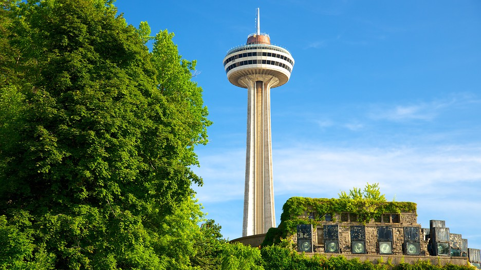 Skylon Tower In Niagara Falls Ontario Expedia