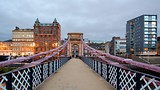South Portland Street Suspension Bridge - Glasgow - Tourism Media