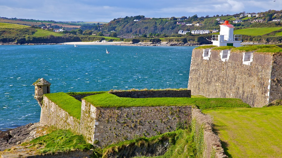 Ireland vacations 2017 explore cheap vacation packages for Cheap cabin packages