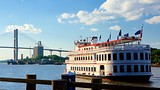 River Street - Savannah - Tourism Media