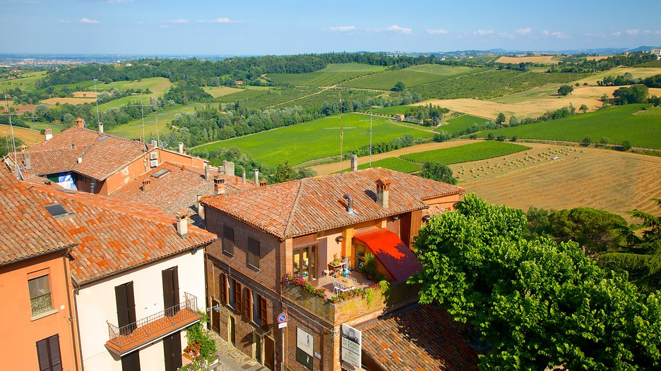 Dozza Italy  city photos : Dozza Travel, Italy | Find holiday information | Expedia.com.my