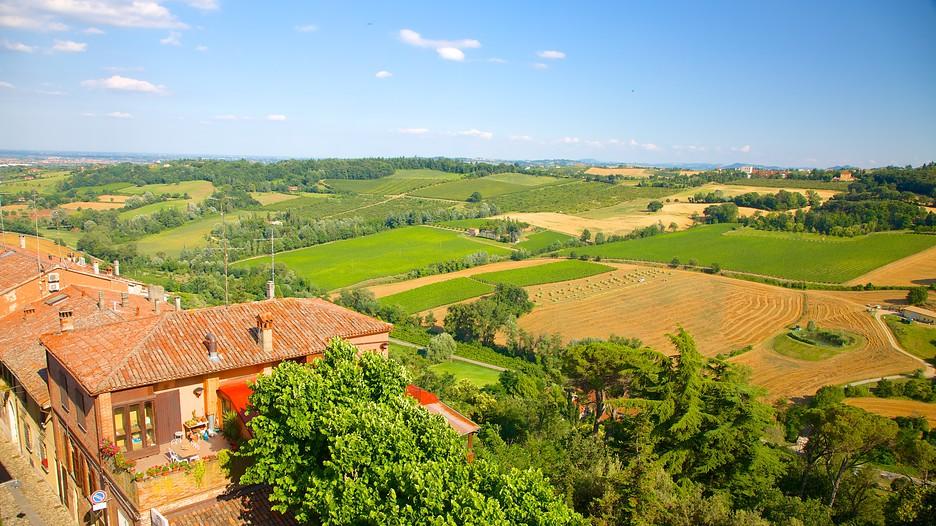 Dozza Italy  City pictures : Dozza Travel, Italy | Find holiday information | Expedia.com.my