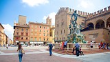 Fountain of Neptune - Bologna - Tourism Media