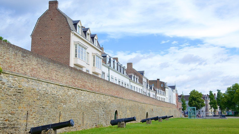 Helpoort d couvrez maastricht avec - Maastricht mobel ...