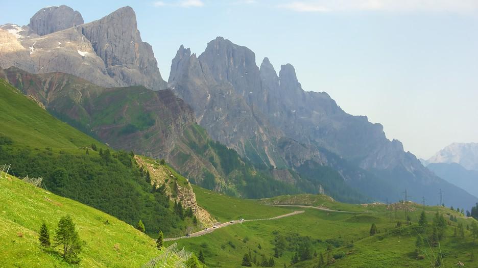 Trentino alto adige vacation packages find cheap for Mobilificio trentino alto adige