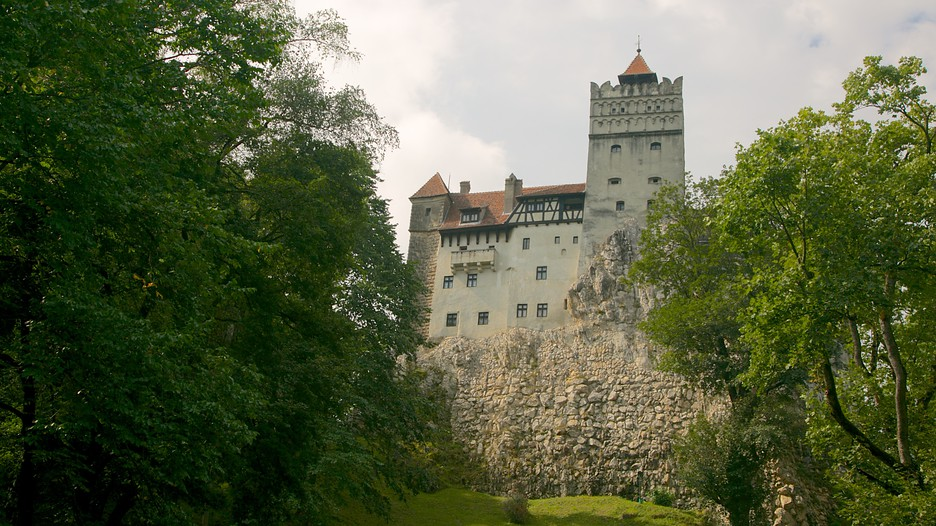 bran castle You can now own the infamous bran castle in transylvania, the fictional hilltop home of the world's most famous vampire, count dracula.