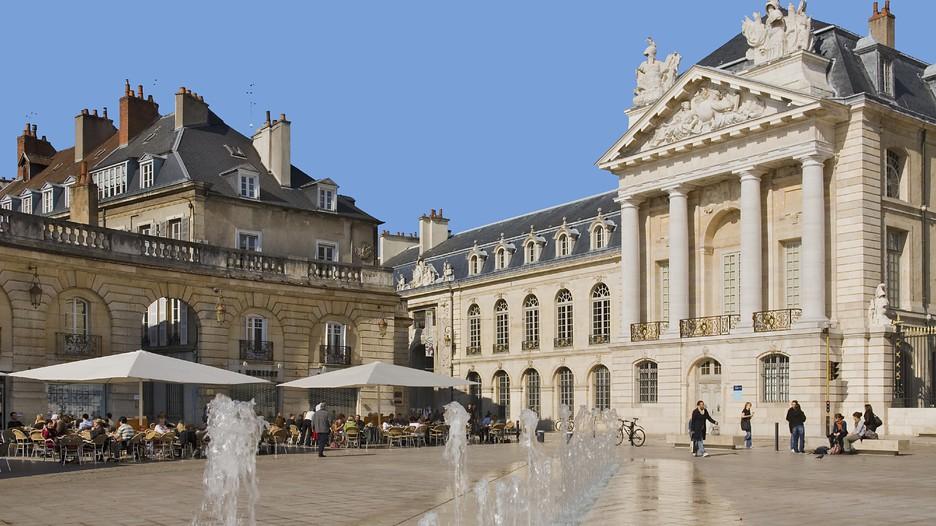 Dijon holidays book cheap holidays to dijon and dijon for Dijon architecture