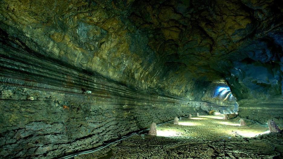 Manjanggul Lavatube Cave  Jeju Island  Tourism Media