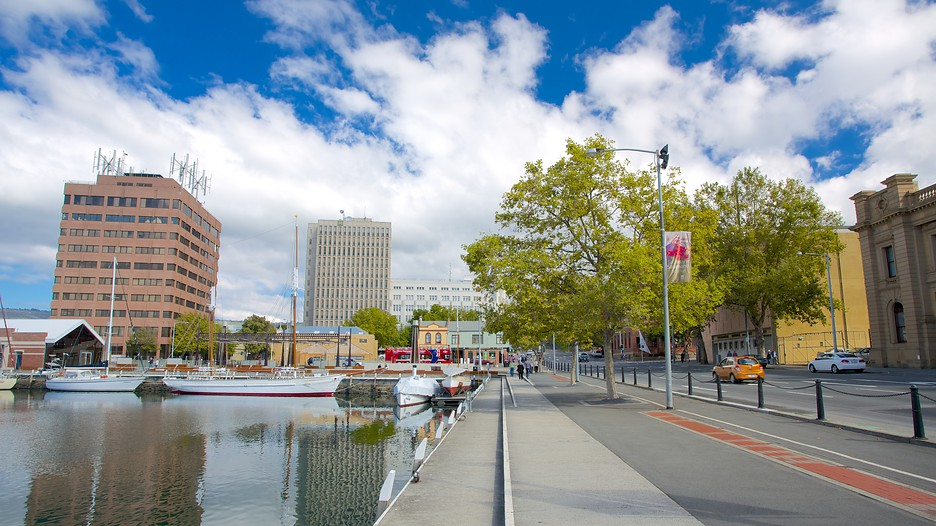 12 things to do in Hobart • Eat Play Love Travel  |Constitution Dock Hobart