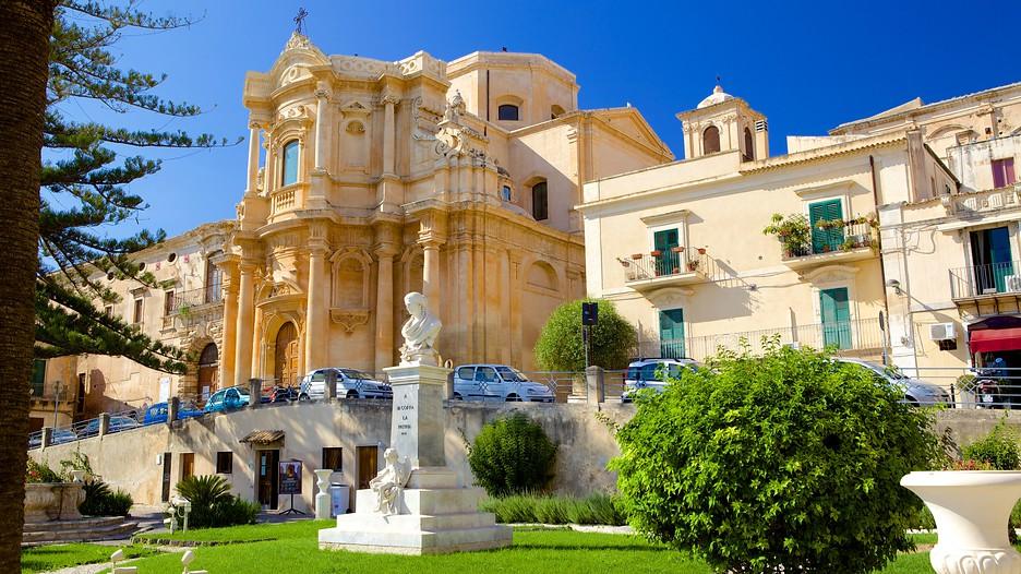 Vacanze a siracusa viaggio a siracusa con for Offerte hotel siracusa