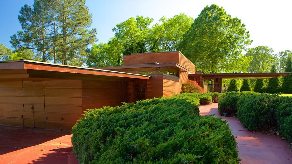 Frank lloyd wright rosenbaum house in florence alabama for Frank lloyd wright modular homes