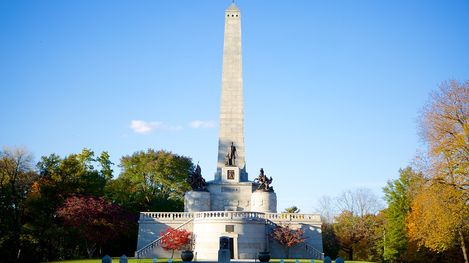 Lincoln S Tomb In Springfield Illinois Expedia