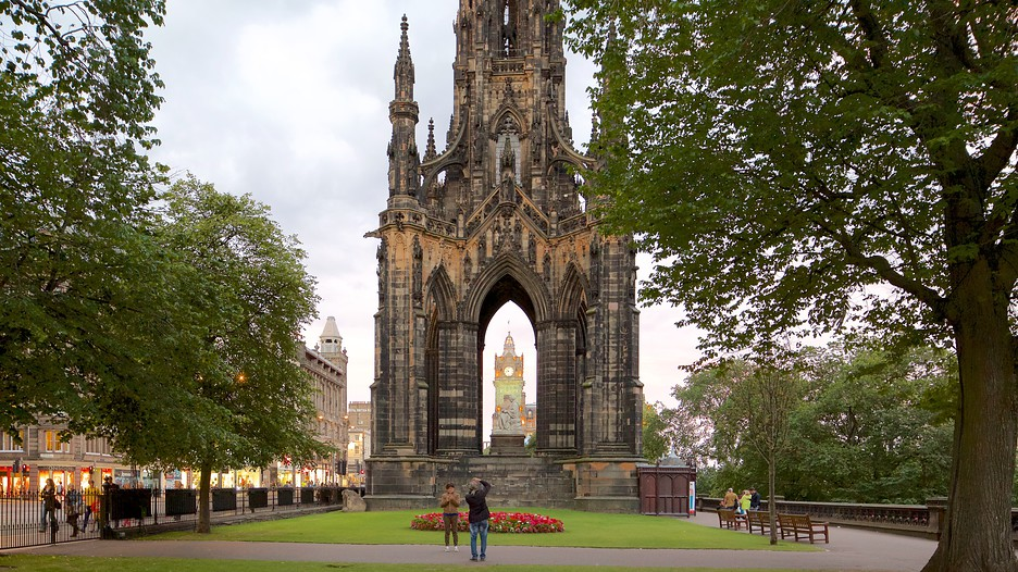 20 Fun Things to Do in Edinburgh in 3 Days | Travel the World |Edinburgh Vacation