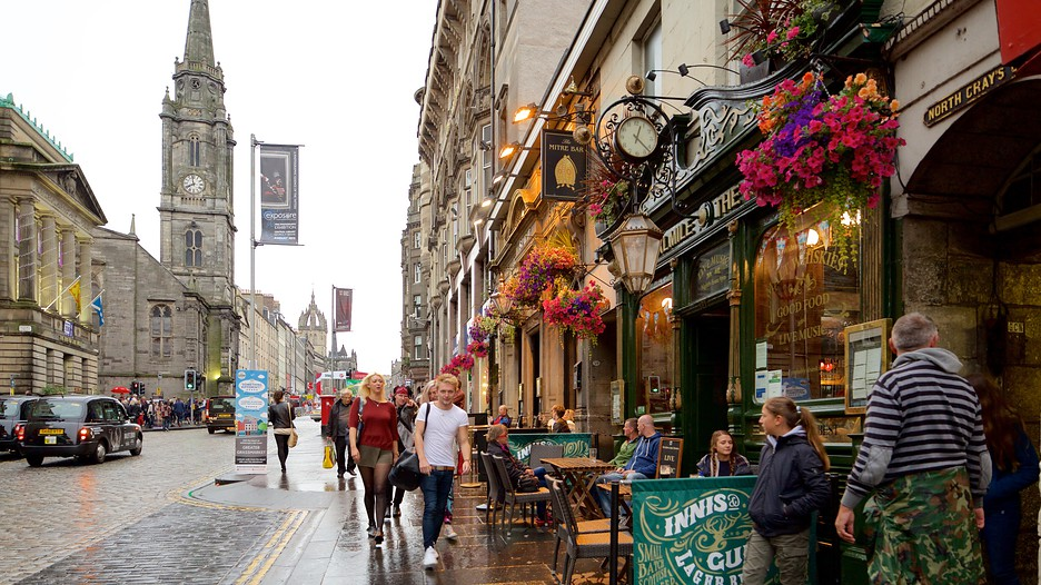 Edinburgh approves tourist tax – and other UK cities are ... |Edinburgh Vacation