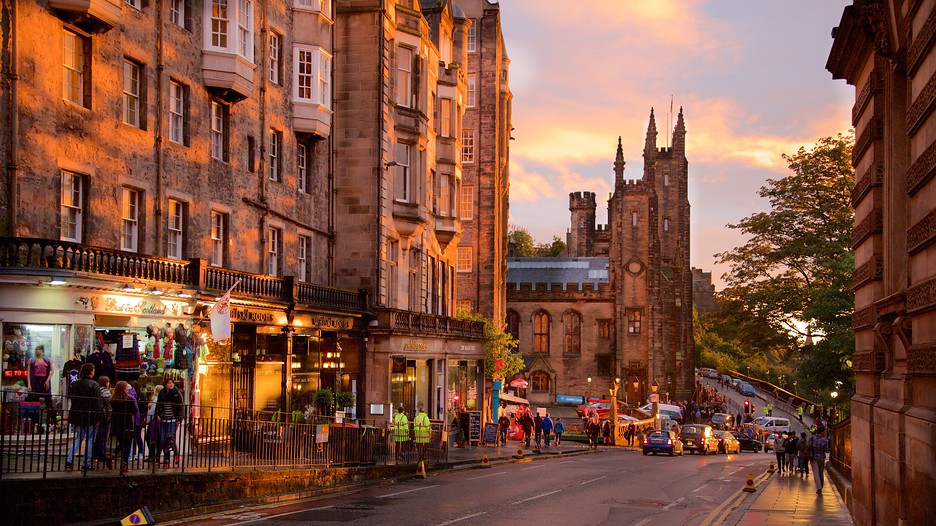 Ultimate Edinburgh Travel Guide - Young and Undecided |Edinburgh Vacation