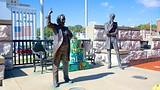 Lincoln Douglas Square - Alton - Tourism Media