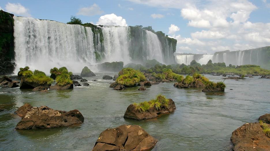 iguazu falls travel guide