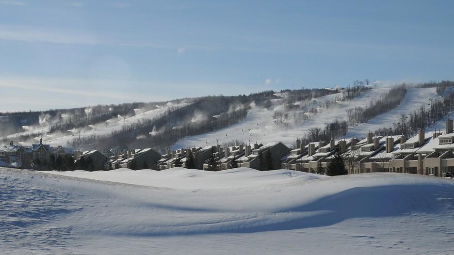Blue Mountain Ski Resort 90