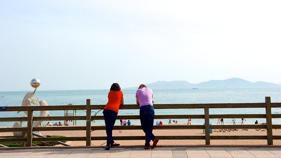 Number 1 bathing beach in qingdao expedia for Number one travel destination