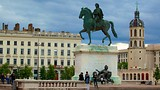 Place Bellecour - Lyon - Tourism Media