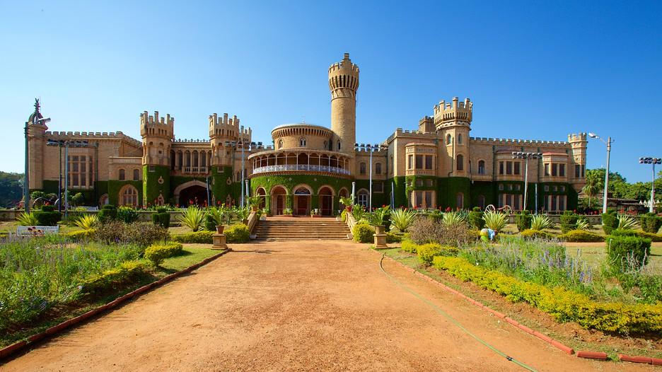 Bangalore Palace - Bengaluru, Attraction | Expedia.com.au