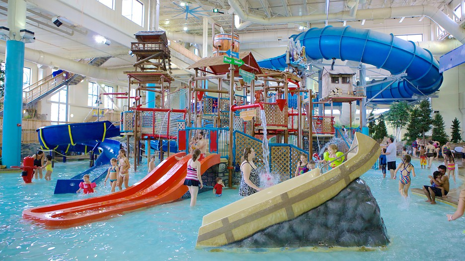 Image gallery water parc for Glissade interieur jay peak